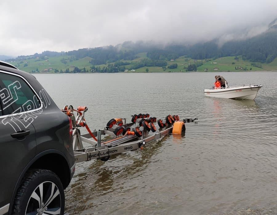Einwassern am Sihlsee bootstransport