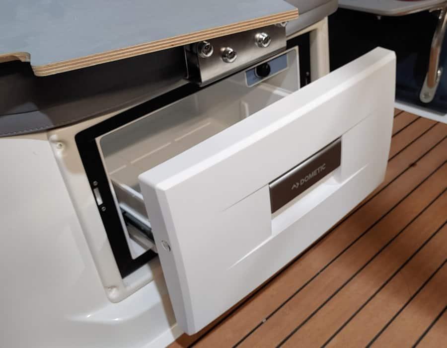 Einbau Kühlschrank in Silver Boot