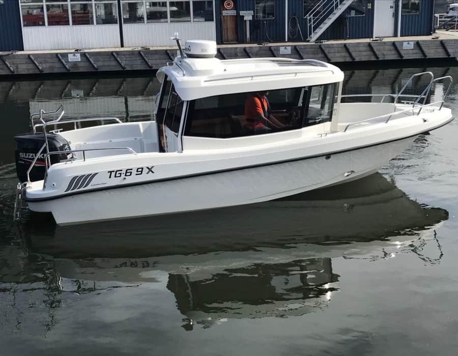 Tg 6.9X kabinenboot mit Aussenborder Suzuki