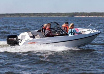 Terhi 480 mit Suzuki Aussenborder